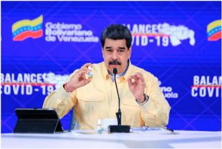 """Los médicos se burlan de las 'gotas milagrosas contra el COVID' de Maduro: """"Sólo sirven como enjuague bucal"""""""