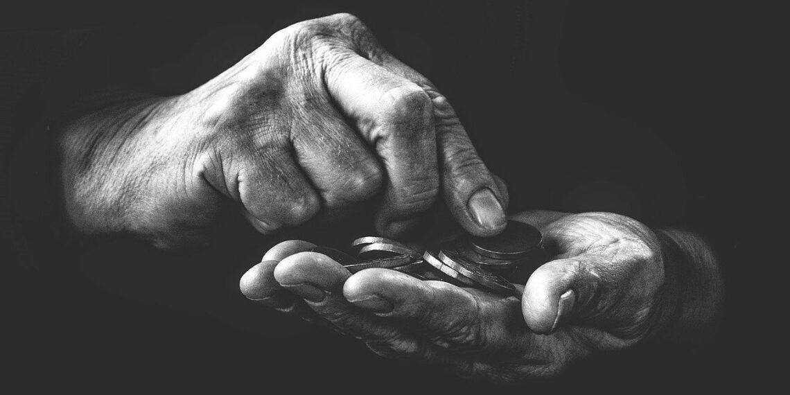 """Victor Entrialgo De Castro: """"Gente que quiere a los pobres para hacerse ricos"""""""