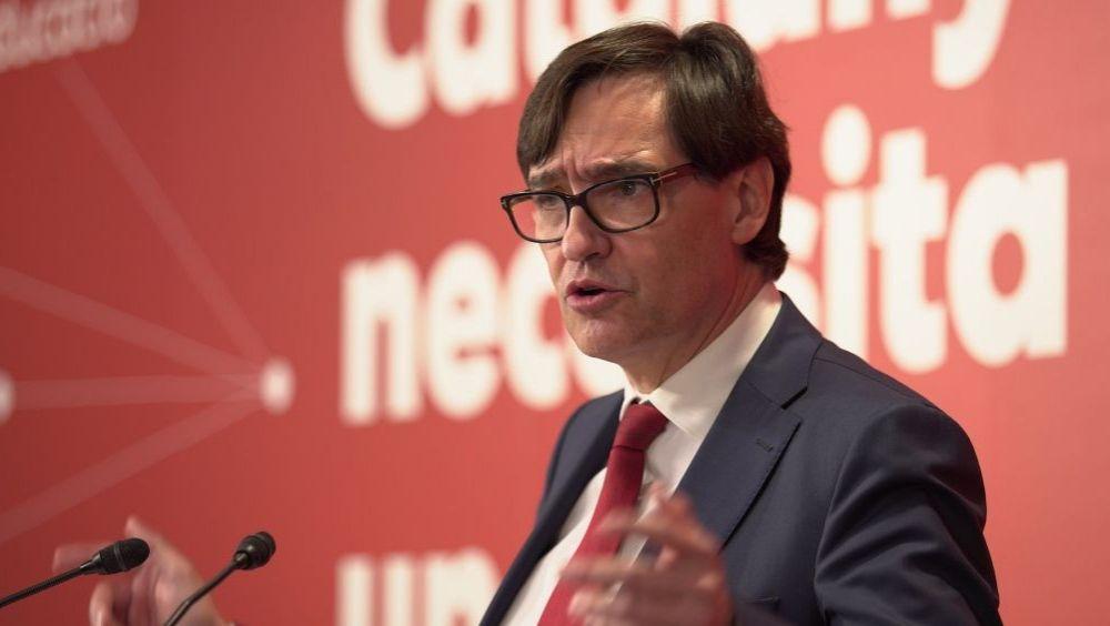 El socialista Illa desembarca en Cataluña con un 10% más de vacunas de las que repartió en Madrid