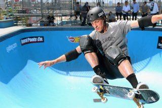 El vídeo del espectacular '720' de Tony Hawk a sus 52 años