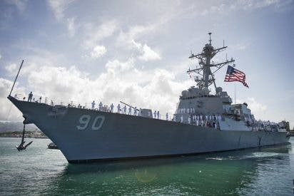 Pánico en el Ejército de EEUU tras un brote de COVID-19 en un buque de guerra