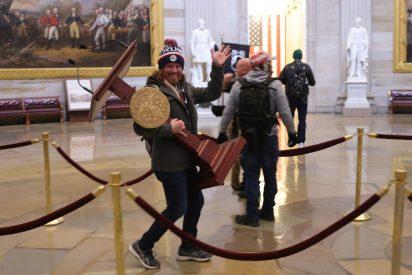 Represalias: los activistas que asaltaron el Capitolio comienzan a perder sus empleos