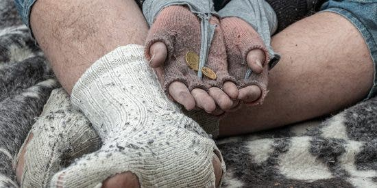 Dos indigentes sin hogar mueren de frío en la Barcelona de Ada Colau y el 'procés'