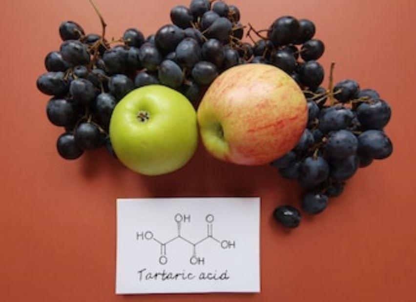 Qué es el ácido tartárico?
