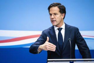 Renuncia todo el Gobierno de Holanda por el irregular manejo de subsidios para las familias