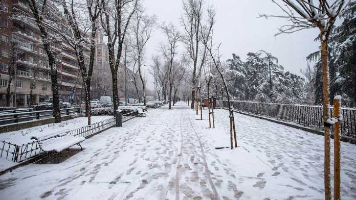 ¿Nieve natural o nieve artificial? La sospecha de la utilización del clima como arma de guerra