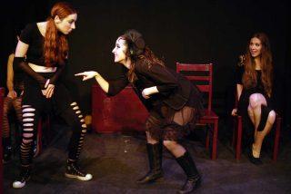"""Teatro: """"La ramera de Babilonia"""""""