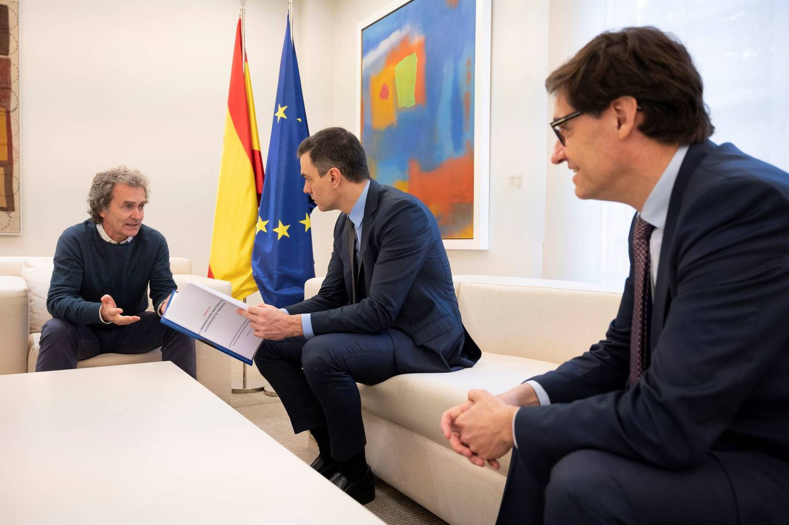 Terror en Moncloa: exjueces del Supremo y del Constitucional denuncian a Pedro Sánchez
