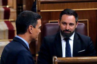"Abascal se mofa de Sánchez al imitarle y le hunde con un aviso: ""¿No nos toma en serio?, le pillaremos desprevenido"""