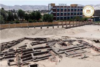Arqueólogos descubren en Egipto una fábrica de cerveza de hace 5.000 años