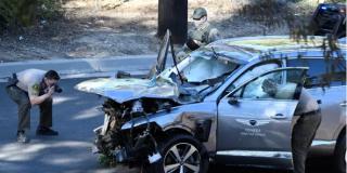 Operan a Tiger Woods tras un bestial accidente de tráfico