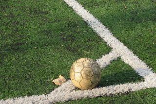 Lo nunca visto en fútbol: así tira los córner el Karlsruher S.C. alemán