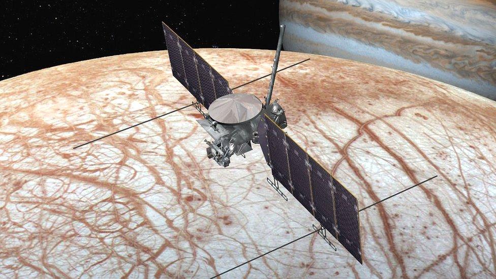 Un cohete privado permitirá a la NASA llegar a la Luna Europa
