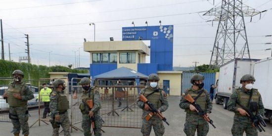 Ecuador interviene en los violentos amotinamientos de las cárceles de Guayas y Cotopaxi