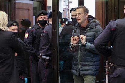 """Putin manda a Alexei Navalny a un campo de trabajo para """"quebrarlo psicológicamente"""""""
