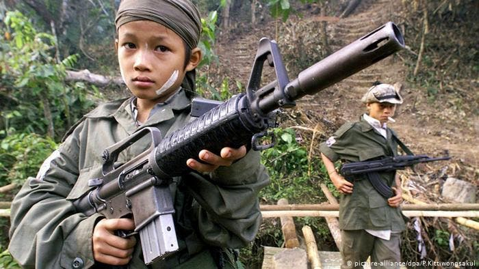 Los golpistas de la Junta Militar cortan Internet en toda Birmania para acallar las protestas