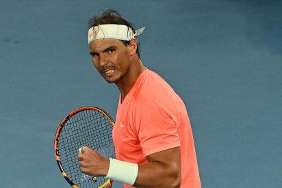 Rafa Nadal barre a Fognini y con dolor de espalda, sólo está a tres victorias de ganar el Open de Australia