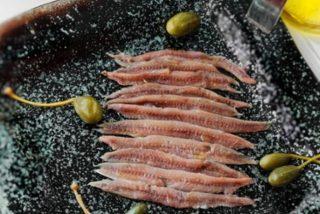 Cómo hacer anchoas en salazón