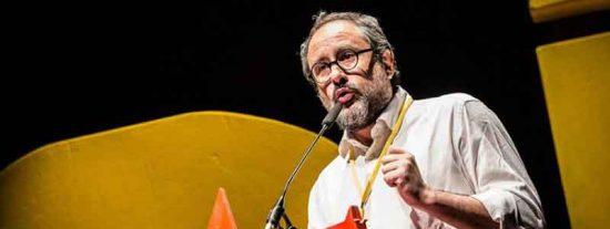 Esta TVE no tiene fondo y pone de tertuliano al 'ex-cupero' Antonio Baños tras decir animaladas sobre la tele pública
