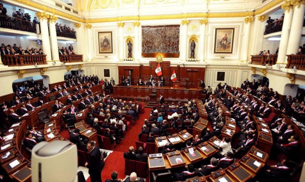 Perú elimina la inmunidad parlamentaria y podrá juzgar a diputados en funciones