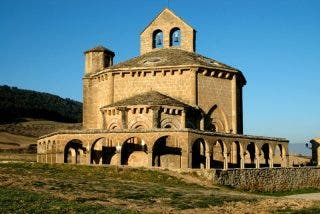 Santa María de Eunate, una huella de los templarios en el Camino de Santiago