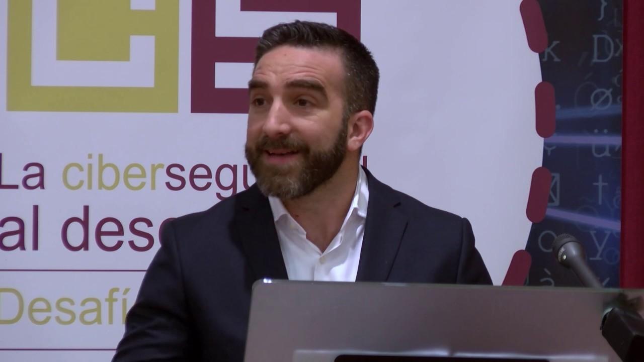 Un amigo de Pedro Sánchez cobró 5.000 euros por 8 días laborables y ahora asciende en el Gobierno