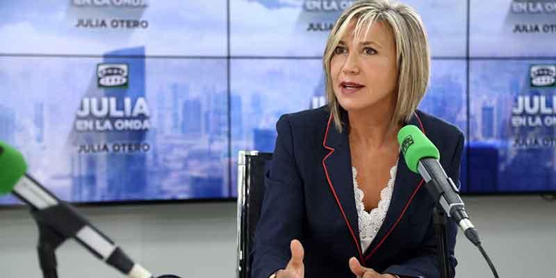 Sánchez, Casado, Arrimadas, Calvo...la política 'hace piña' en torno a Julia Otero para vencer al cáncer