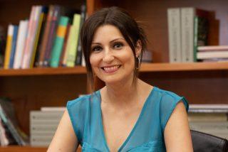 """Lorena Roldán (PP): """"Si a Illa le dan los números habrá otro tripartito de ruina y abandono de los catalanes"""""""