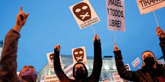 El juez pone en libertad a los facinerosos detenidos por arrasar Madrid, que defienden los abogados vinculados a Podemos