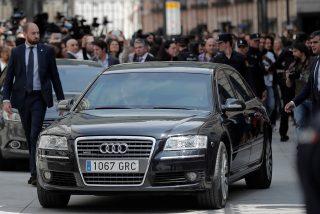 El enfermizo ego de Pedro Sánchez: Falcon, helicópteros y el 'super' Audi de 500.000 euros