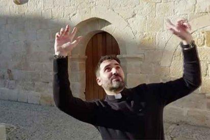 Francisco Ortega, el cura zamorano que triunfa como 'youtuber' haciendo algo útil: acercar la misa a sus feligreses