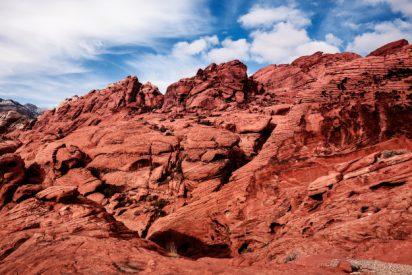 El impresionante proceso que oxida a las rocas y las tiñe de rojo