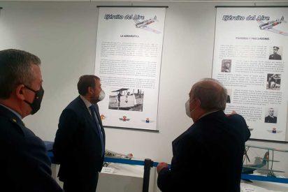 Madrid: Latina acoge la exposición 'Volar, historia de una aventura'
