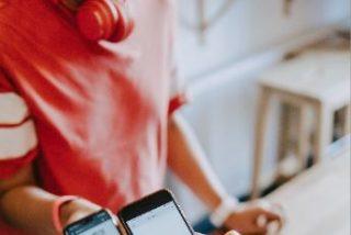 Los consumidores en España son cada vez más exigentes con la experiencia digital que ofrecen las empresas