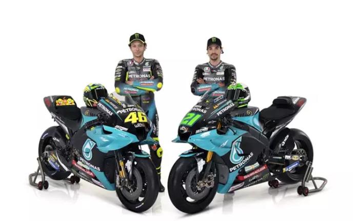 Rossi y Morbidelli presentan la nueva moto de Petronas Yamaha