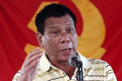 """El presidente Duterte ordena 'aniquilar' a los rebeldes comunistas de Filipinas: """"¡Mátenlos de inmediato!"""":"""