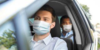 DGT: ¿Te pueden multar por no llevar mascarilla en el coche?