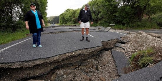 Nueva Zelanda, sacudida por un sismo de 6,9 grados y con alerta de tsunami
