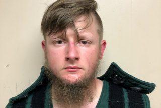 Este es Robert Aaron, el pistolero que mató a 6 asiáticas en casas de masajes y dice no tener motivos racistas