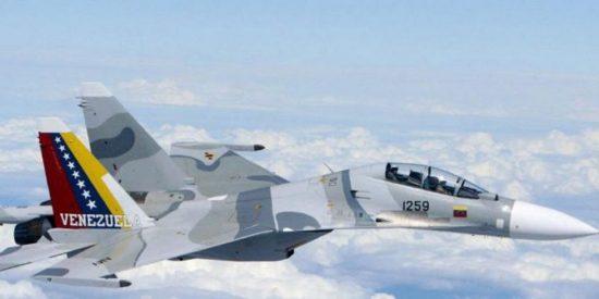 La dictadura chavista manda aviones de guerra para intimidar a Guyana