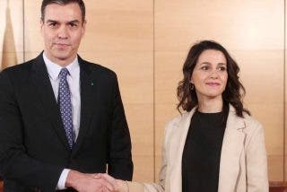 Ciudadanos se suicida: el partido de Arrimadas se alía con el PSOE de Sánchez en Murcia para echar al PP