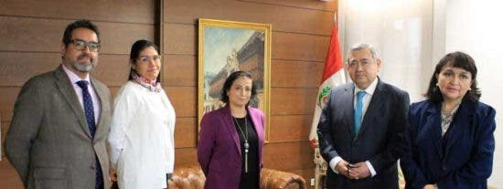 Saludo de la Cónsul General señora Elizabeth González Porturas a la comunidad peruana en Madrid