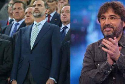 """Évole se mofa de Felipe VI: """"Qué alegría se habrá llevado con la final de Copa sin público, ¡la pitada que se va ahorrar!"""""""