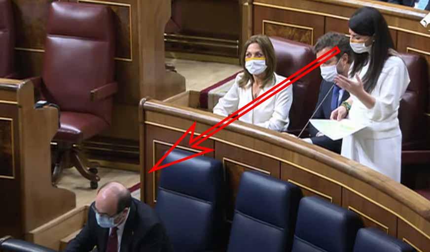 Repaso colosal de Macarena Olona a la calva misma del ministro Iceta