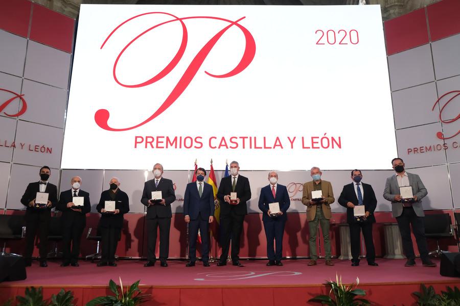 José Vicente de los Mozos recibe la más que merecida Medalla de Oro de Castilla y León