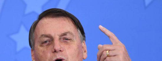 """Jair Bolsonaro: """"Los brasileños tienen que volver al trabajo porque el hambre mata más que el propio virus"""""""