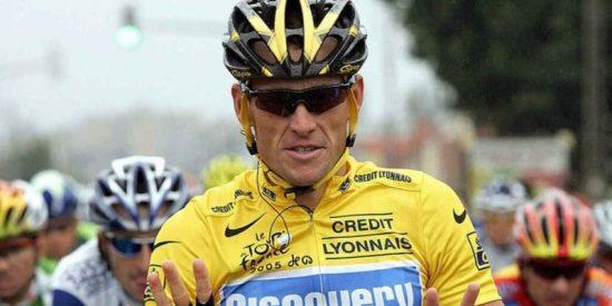 """Acusan al mítico Lance Armstrong de usar un motor en su bicicleta: """"Fue su mayor estafa"""""""