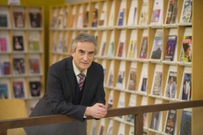 Laureano Benítez Grande-Caballero firmará este viernes 23 de abril ejemplares de sus obras, en el transcurso del «Día del Libro» que se celebrará en Zaragoza