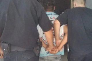 Golpea bestialmente a una niña de 2 años, lo torturan con agua hirviendo otros presos e intenta suicidarse