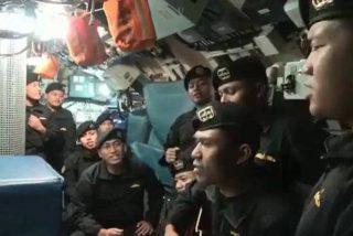 El vídeo de los 53 marineros del submarino indonesio, cantando antes de morir